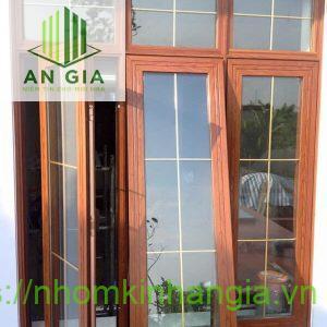 Cửa nhôm kính Việt Pháp vân gỗ