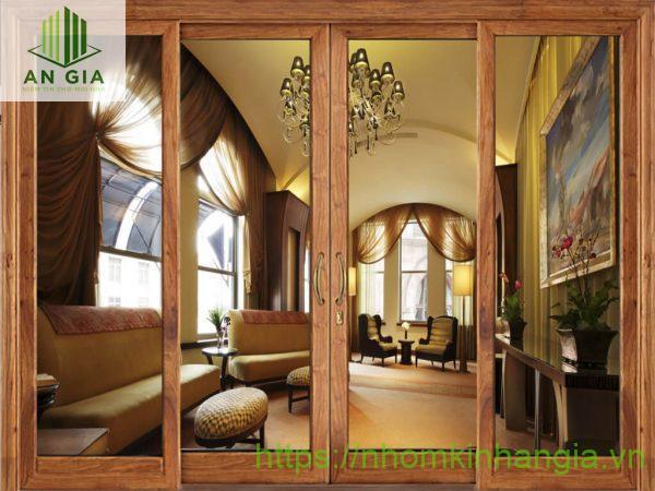 Ưu điểm của cửa kính thủy lực khung gỗ