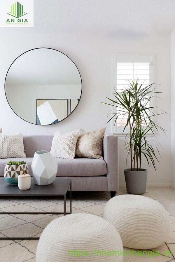 Mẫu 7: Thiết kế của gương phù hợp với những không gian phòng khách có kiến trúc theo xu hướng hiện đại