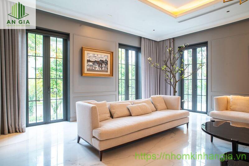 chọn mua cửa nhôm Xingfa 2 cánh cần phù hợp với không gian nhà